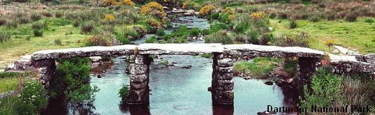 kopie---kopie---1280px-dartmoor_clapper_bridge_mod.jpg